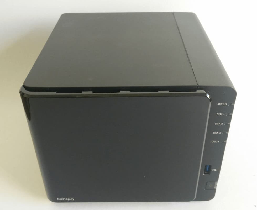 Synology-DS416play-photo-04 Synology DS416Play Review
