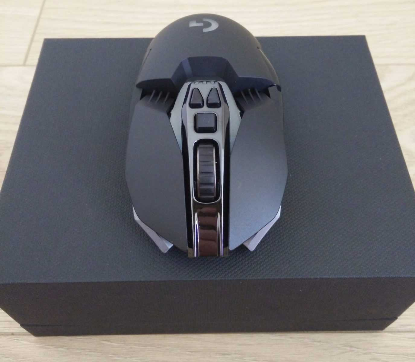 Logitech-G900-Photo-13 Logitech G900 Chaos Spectrum Gaming Mouse Review