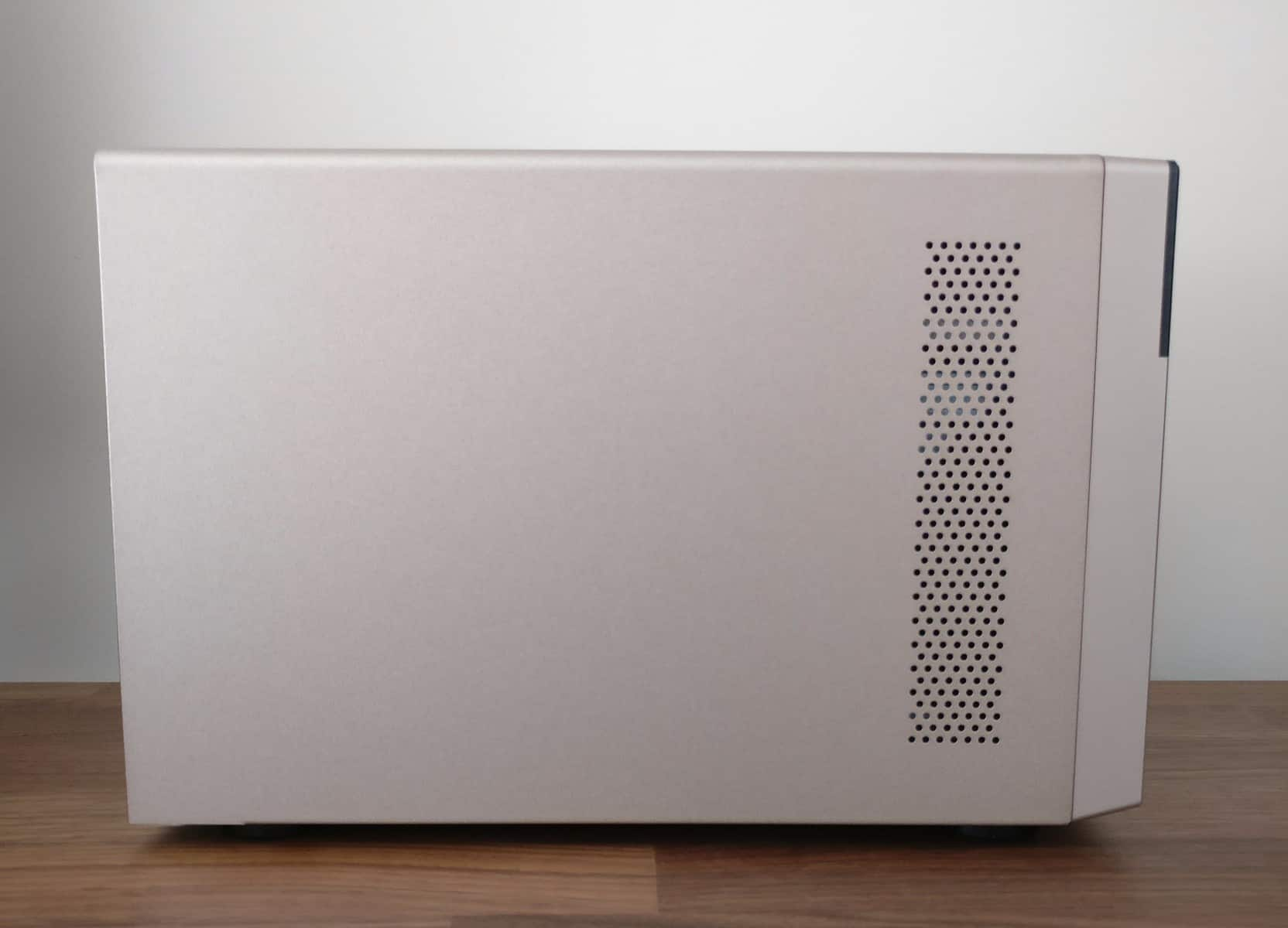 QNAP-TVS-473-Photos-27 QNAP TVS-473 4-Bay NAS Review