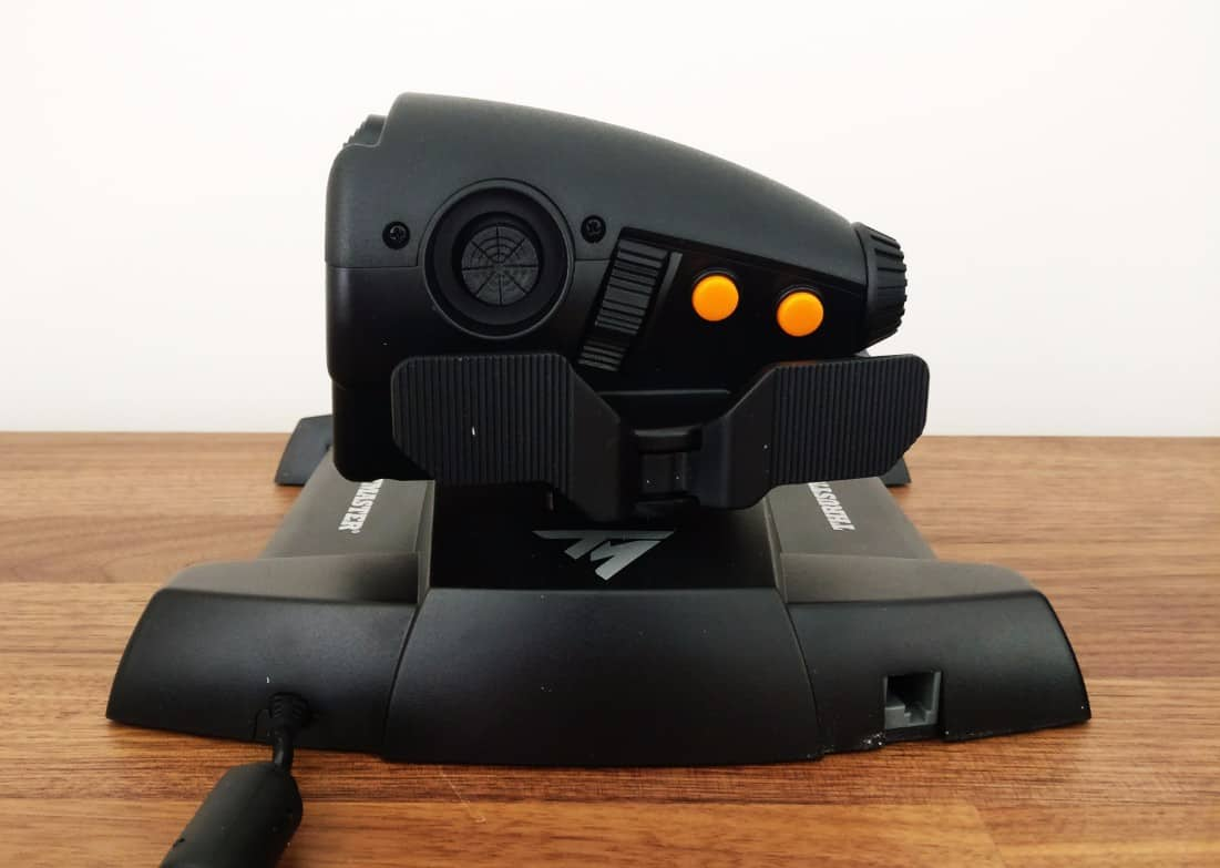 Thrustmaster-Flightstick-Photos14 Thrustmaster T.16000M FCS Hotas Joystick Review