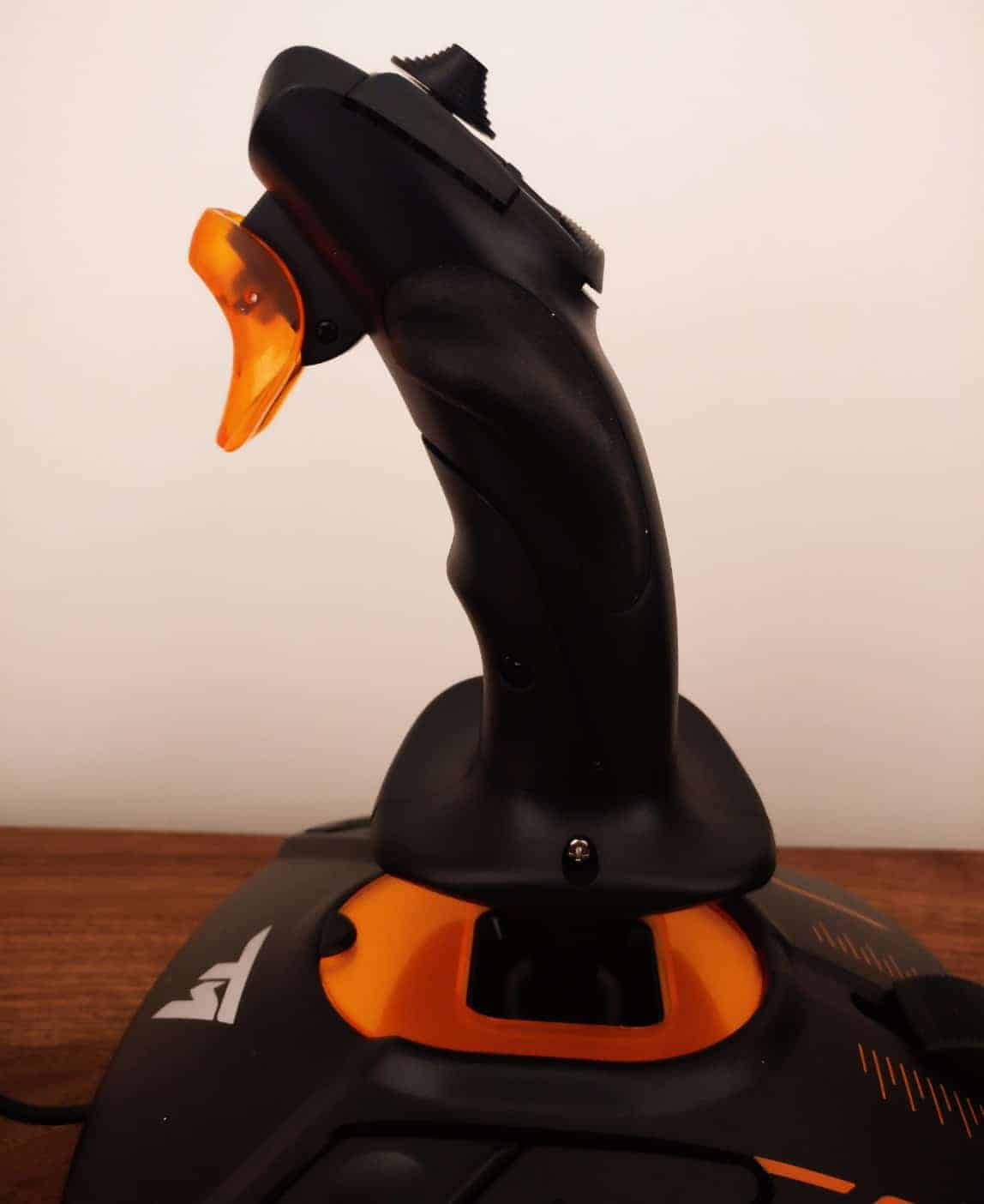 Thrustmaster-Flightstick-Photos31 Thrustmaster T.16000M FCS Hotas Joystick Review