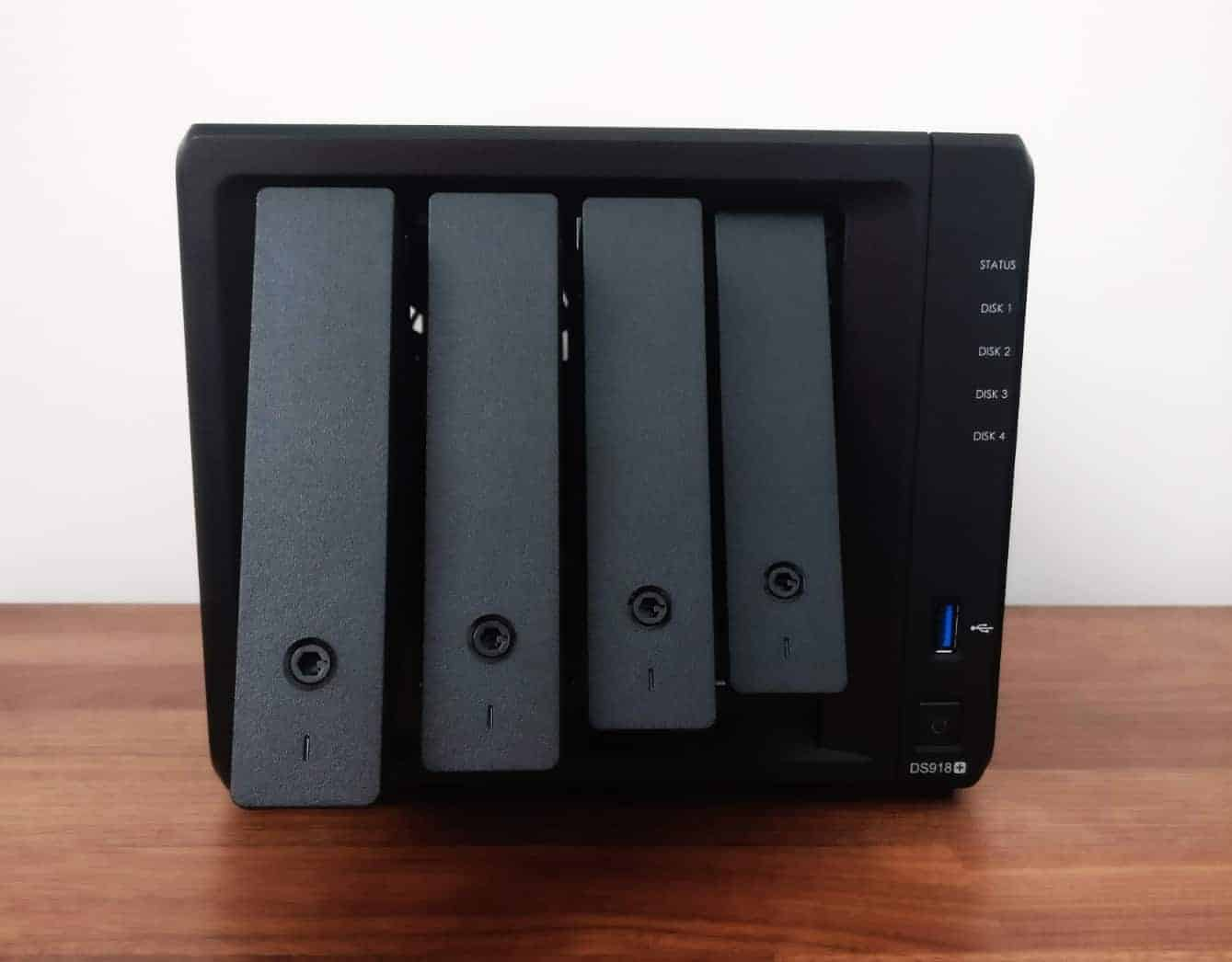 Synology-DS918-15 Synology DS918+ 4 Bay NAS Review