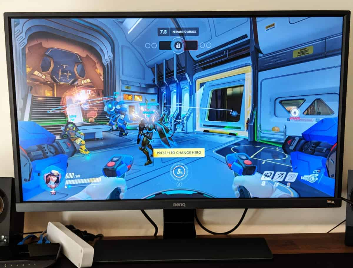 BenQ-Monitor-Photos-05 BenQ EW3270U 4K Monitor Review