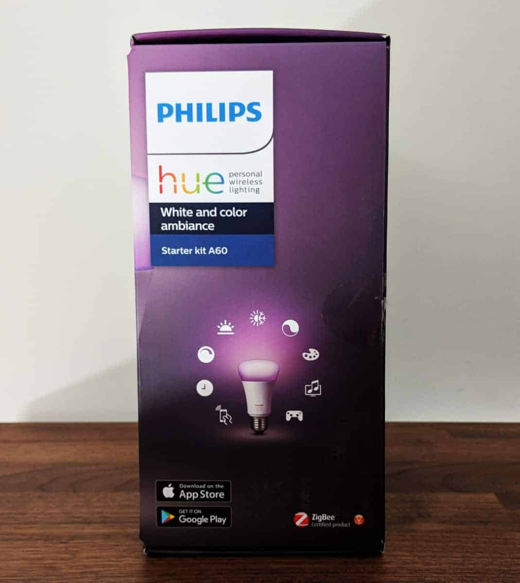 Philips-Hue-Starter-kit-Photos-03 Philips Hue Smart Lighting Review