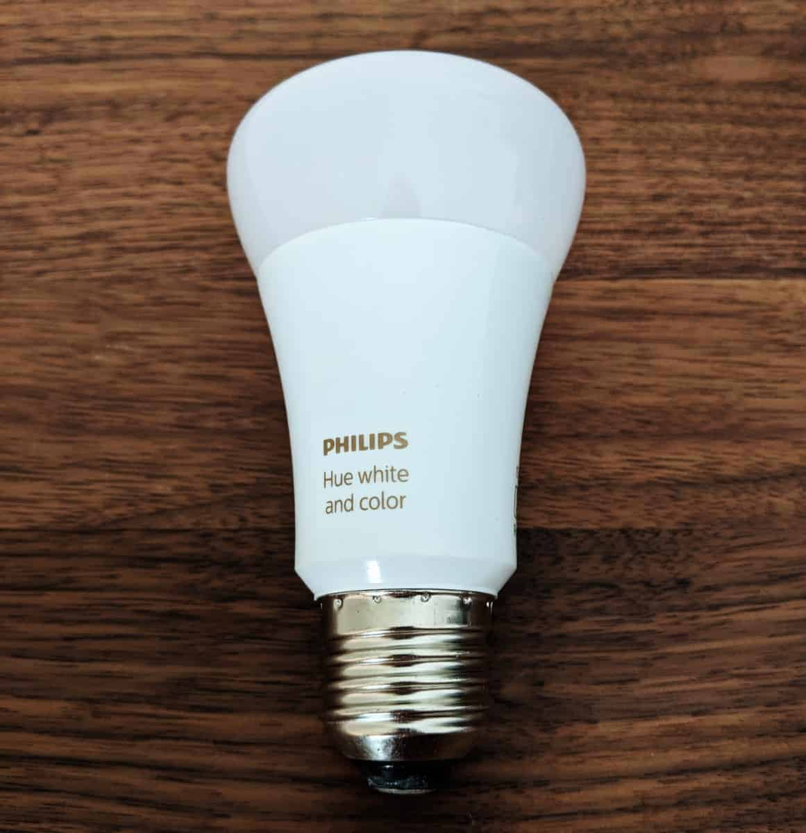 Philips-Hue-Starter-kit-Photos-08 Philips Hue Smart Lighting Review