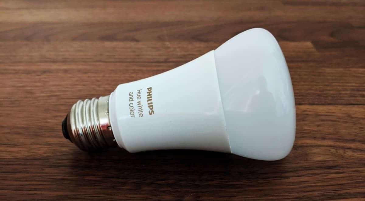 Philips-Hue-Starter-kit-Photos-11 Philips Hue Smart Lighting Review