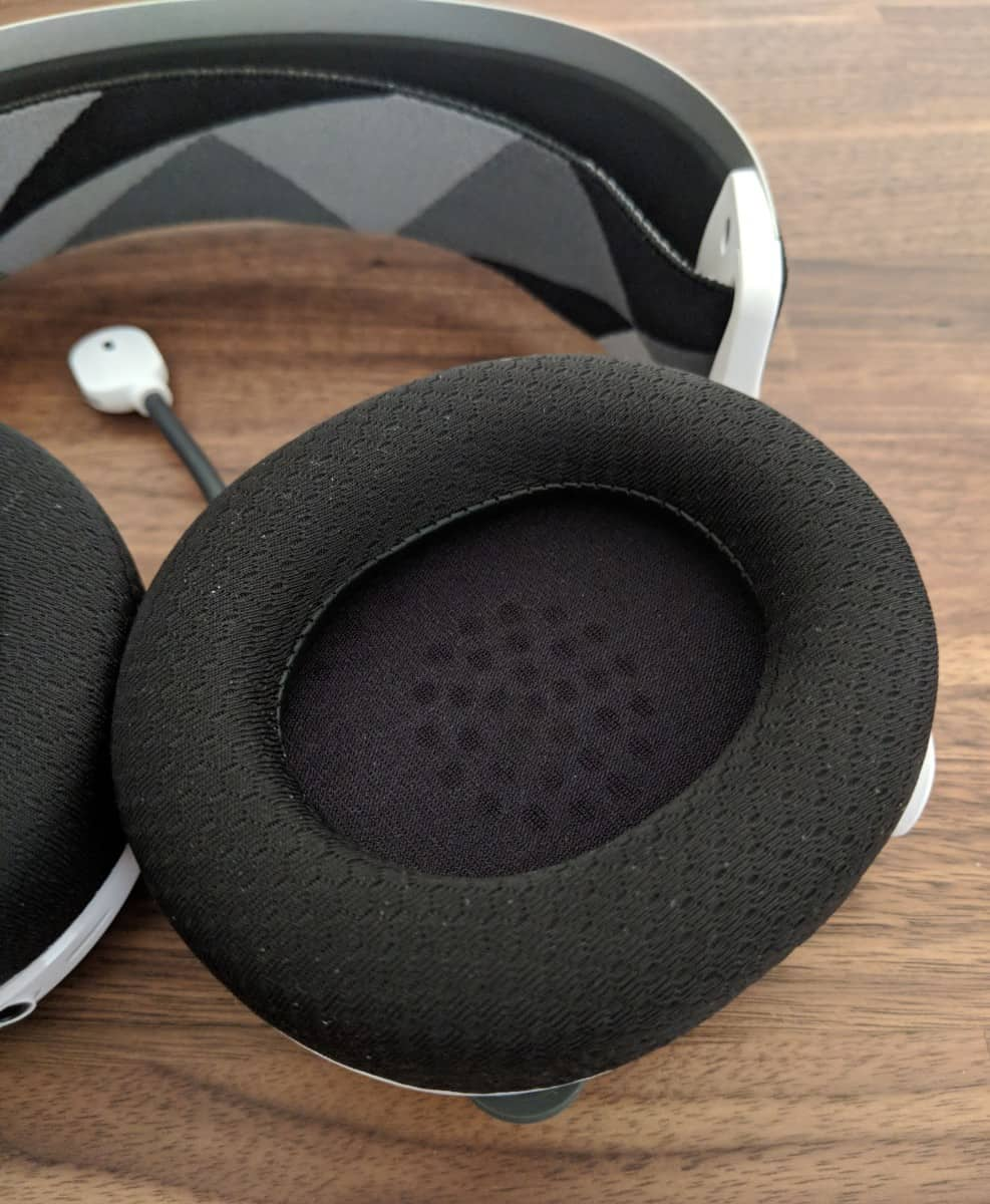Arctis-7-Photos-13 SteelSeries Arctis 7 Review