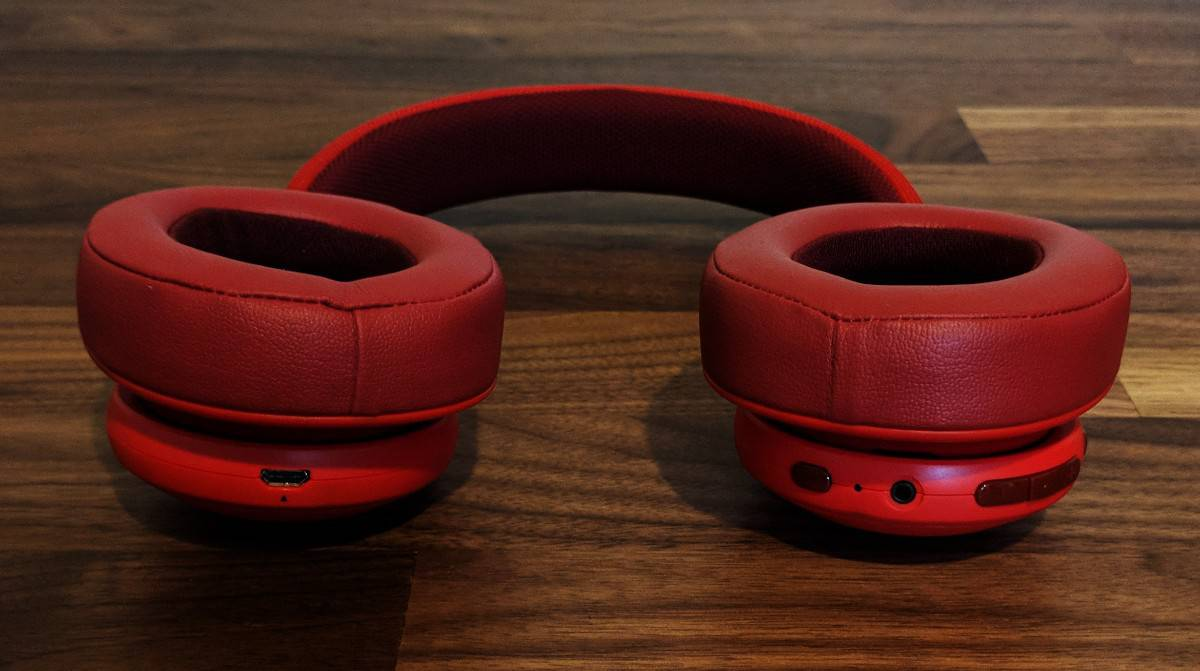 JBL-E55BTi-Photos-01 JBL E55BT Wireless Headphones Review