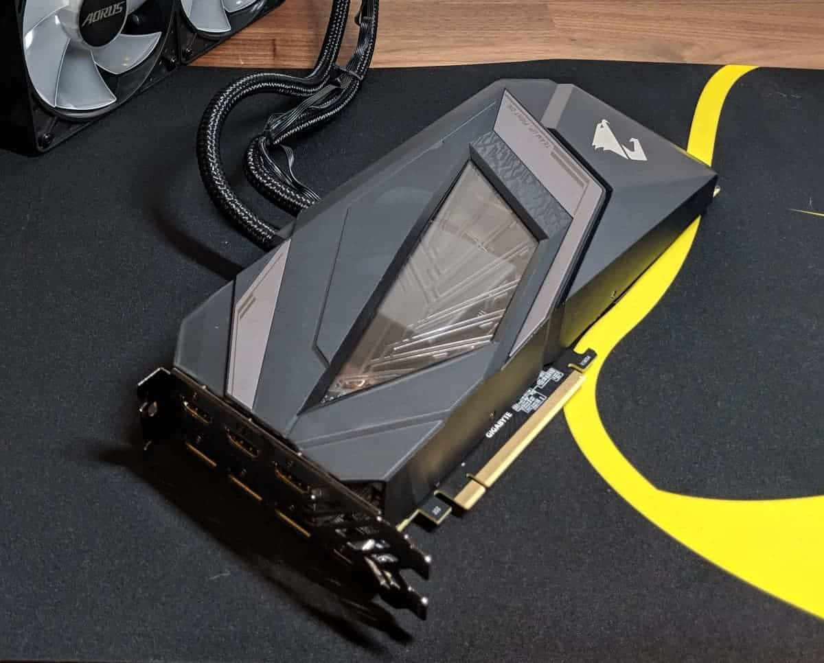 Gigabyte-2080-Xtreme-Waterforce-Photos-02 Gigabyte AORUS RTX 2080 Xtreme Waterforce Review