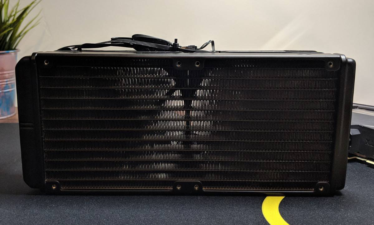 Gigabyte-2080-Xtreme-Waterforce-Photos-14 Gigabyte AORUS RTX 2080 Xtreme Waterforce Review