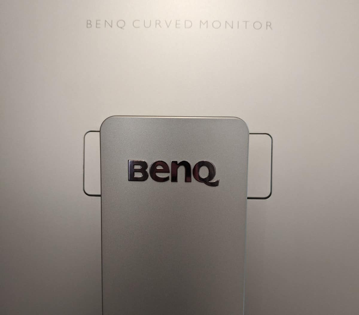BenQ-EX3203R-Photos-10 BenQ EX3203R Curved Gaming Monitor Review
